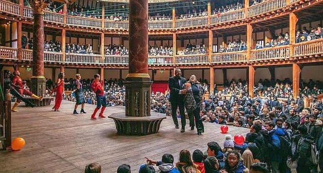 The Globe Theatre in action.