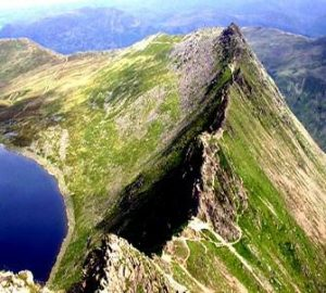 Striding Edge comes with a warning Note that Striding Edge can be a dangerous place for the unwary especially in bad weather. Extreme caution should be exercised.